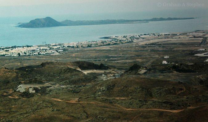 Isla de los Lobos from Corralejo, 1998